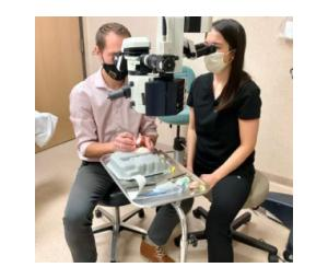 Dr. Tyler Quist learning Kahook Dual Blade (KDB) and Gonioscopy-Assisted Transluminal Trabeculotomy (GATT) from Dr. Erin Boese at the recent inaugural MIGS Wetlab